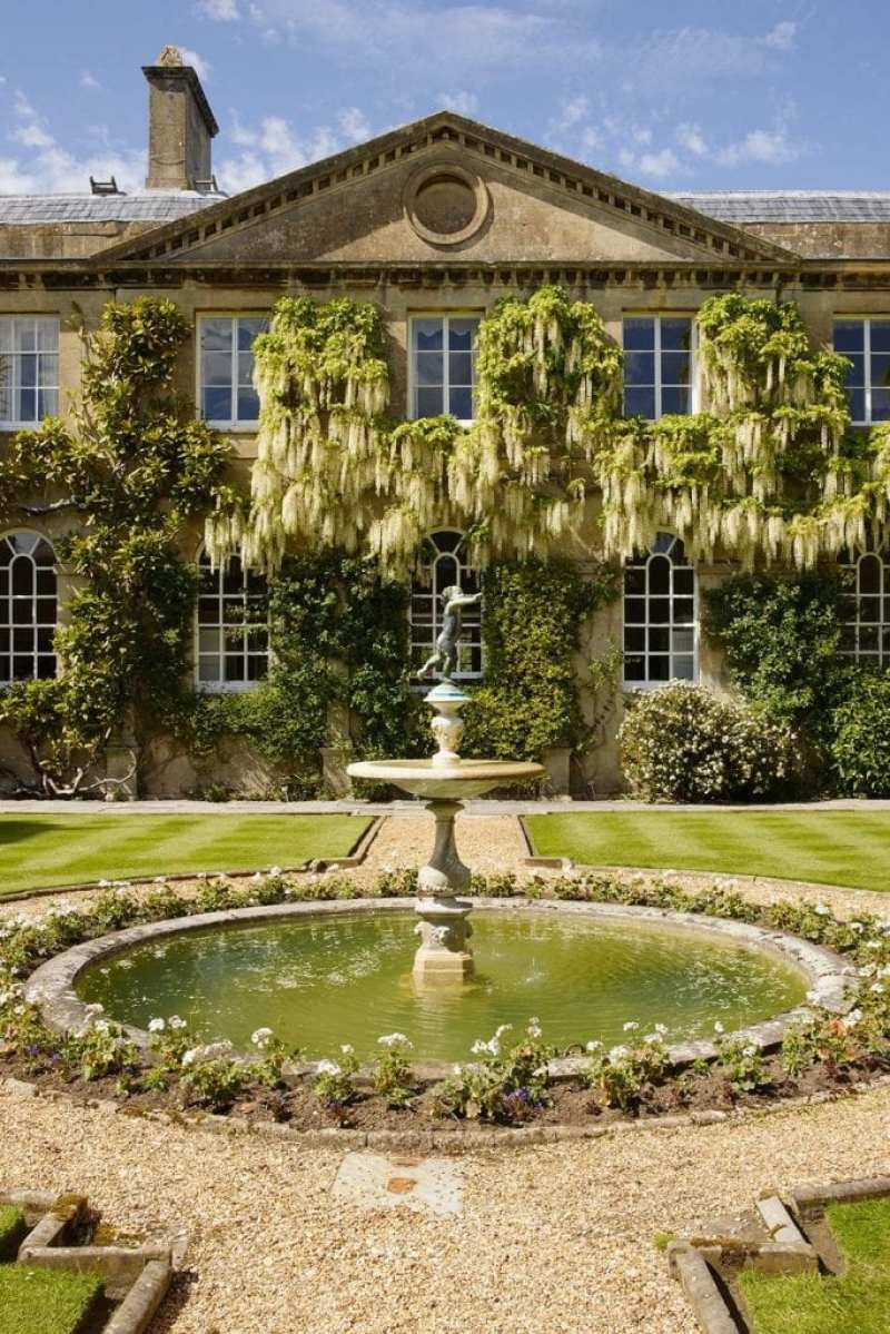 Bowood House - The Glam Pad