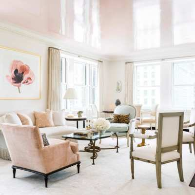 A Glamorous Pied-à-Terre by Cece Barfield Thompson