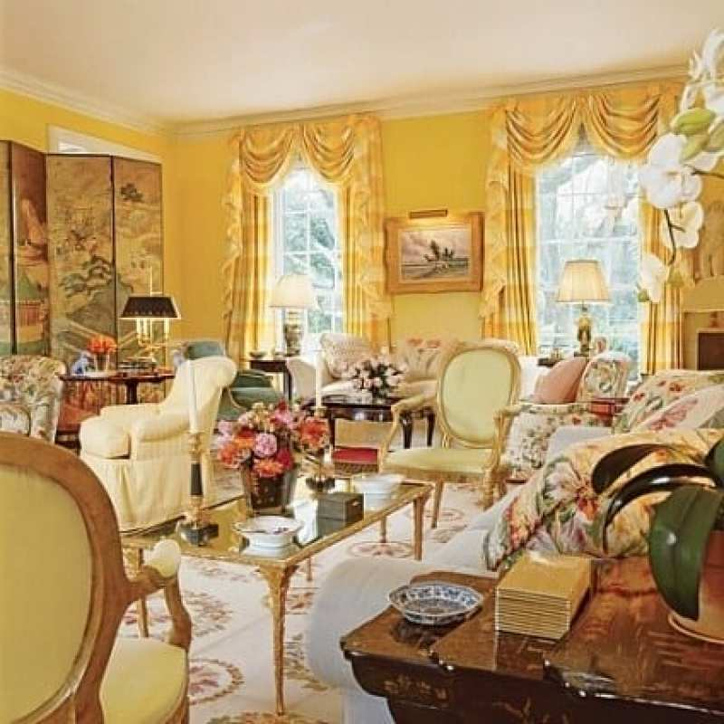 mario-buatta-prince-of-chintz-living-drawing-room