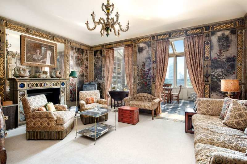 1-sutton-place-for-sale-renzo-mongiardino-sitting-room