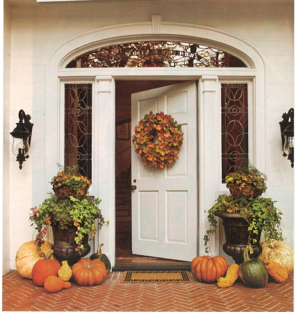 Southern Style Decorating Ideas From Southern Living: Southern-living-fall-halloween-pumpkins-front-porch