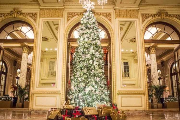 Manners from the Manor: Holiday Etiquette