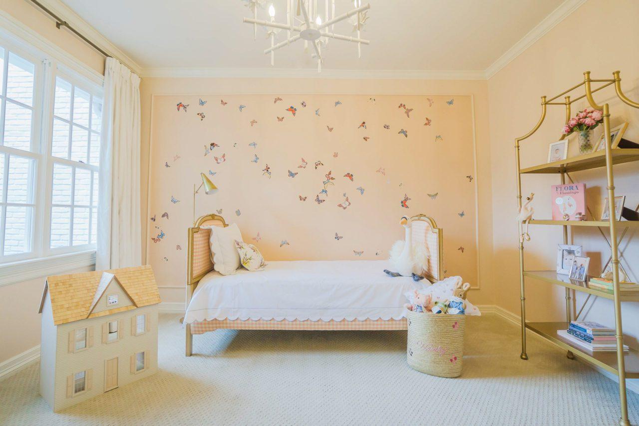 de-gournay-gracie-hand-painted-butterflies-wallpaper-panel ...