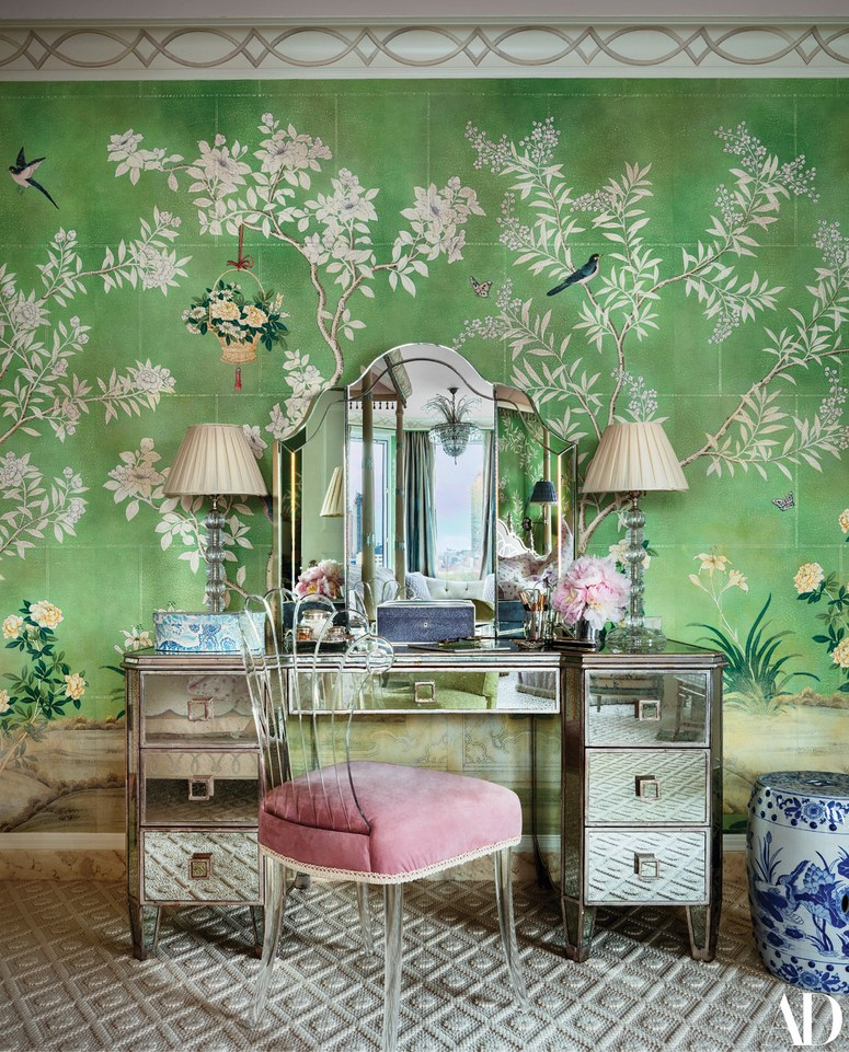 Mario Buatta Gracie Hand Painted Chinoiserie Wallpaper