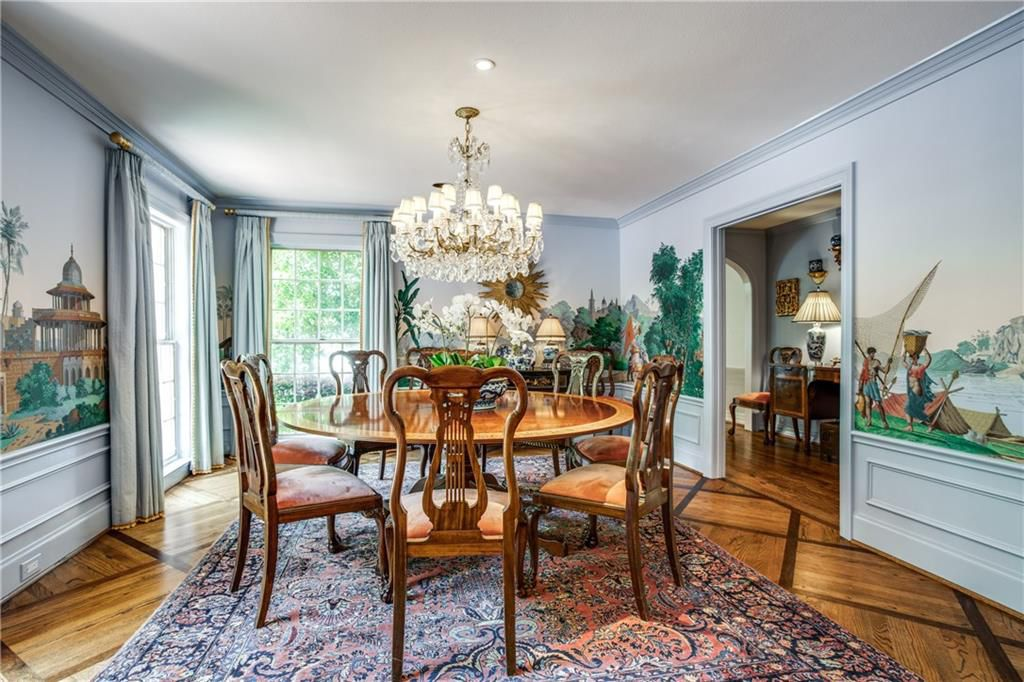 Highland park texas 1950s colonial zuber wallpaper dining room the glam pad - Highland park wallpaper ...