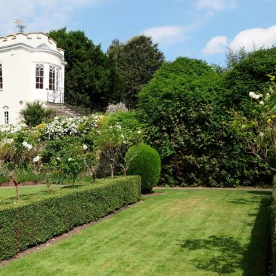 An Elegant Home and Garden in England