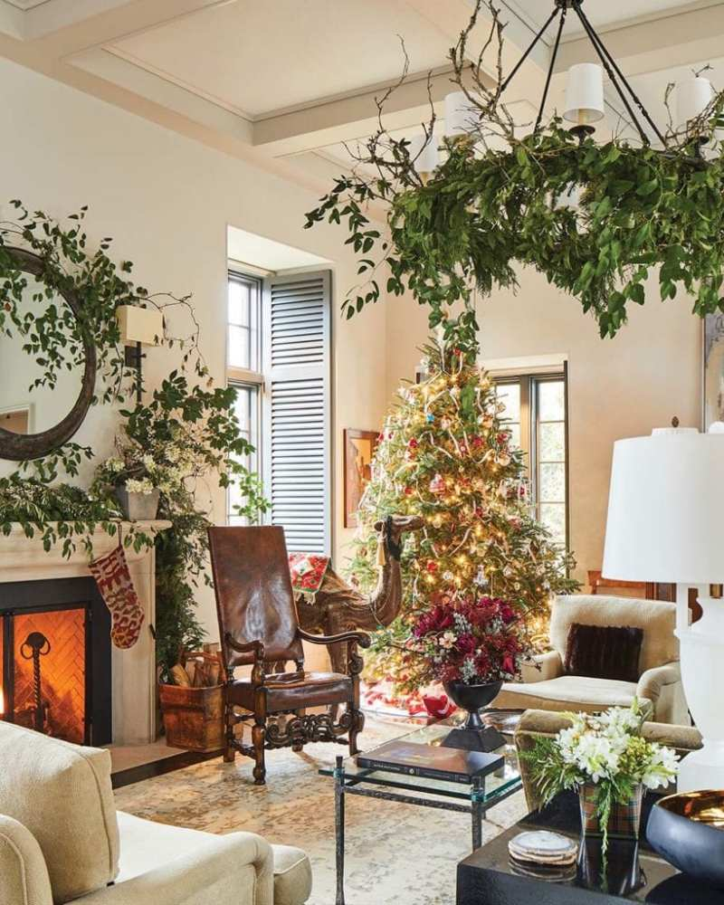 Flower-Christmas-Holiday-Home-Tour-Decor - The Glam Pad