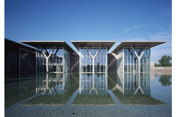 Modern Art Museum of Fort Worth, Texas - USA - Images and photographs courtesy of Tadao Ando Architect & Associates