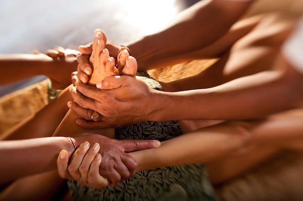 massage at Fivelements Djuna Ivereigh