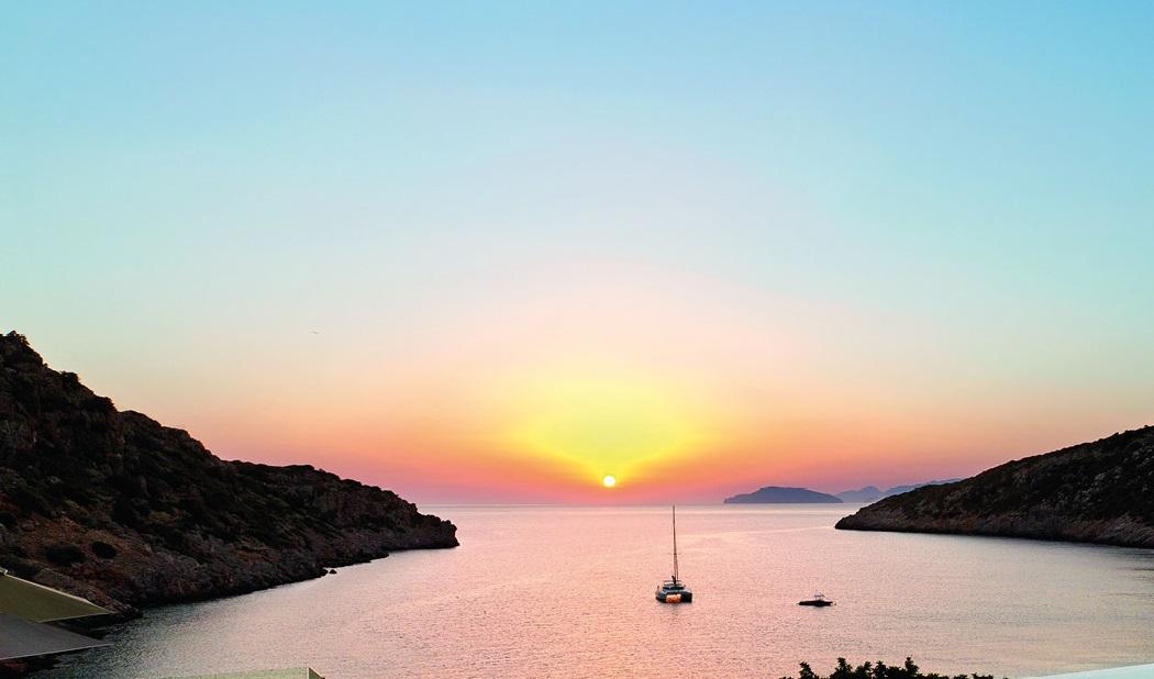 Glass Travels To Daios Cove Luxury Resort Crete The Glass Magazine