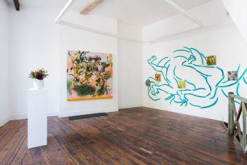 Frameless gallery