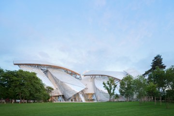 © Gehry Partners, LLP and Frank O. Gehry © Iwan Baan, 2014