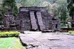 candi-sukuh-temple