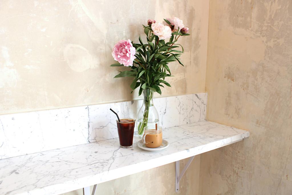 Ob La Di flowers and coffee
