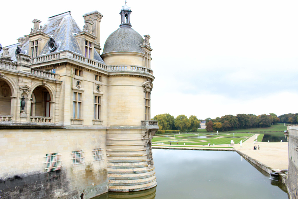 The Glittering Unknown Chantilly day trip chateau exterior