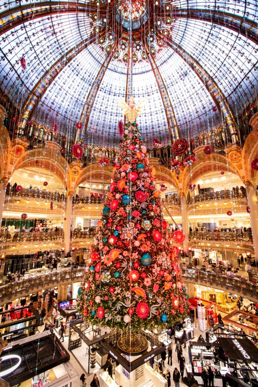 Where to See the Prettiest Christmas Decorations in Paris- Galeries Lafayette