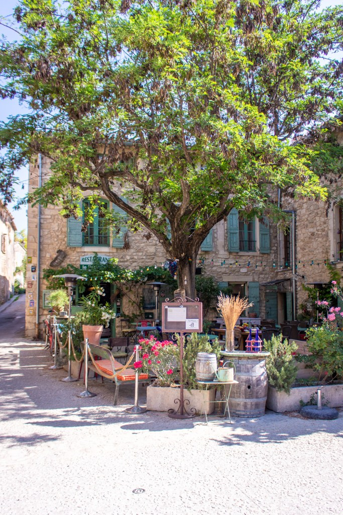Oppède le Vieux- Road Trip in Provence