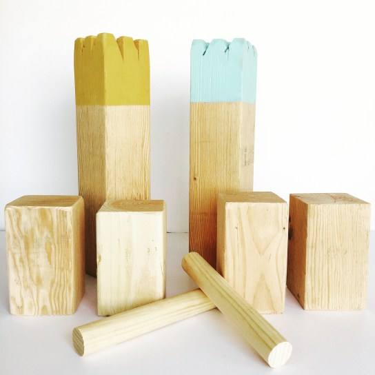 kubb lawn game, DIY, tutorial, family games, outdoor lawn game