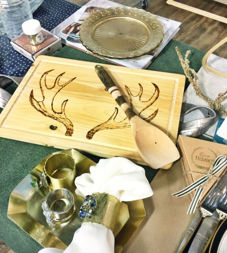 traditional table settings, traditional tablescapes, making traditional thanksgiving tables current, add to your heirlooms with modern touches, jewelry napkin rings,
