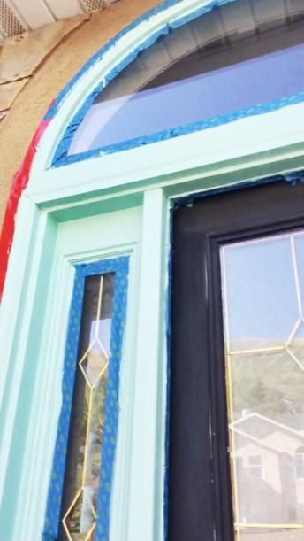 How to paint your front door, Sherwin willams, Wagner paint sprayer, blue door, pop of color, front door makeover, painted door, diy, diy gal, home painting, done in a day projects, upgrade your door, Sherwin willams refresh blue