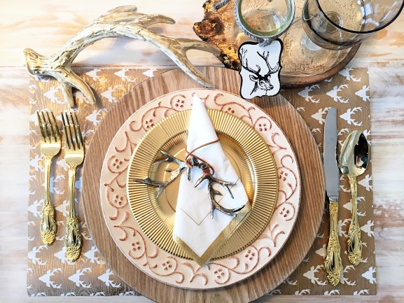 Thanksgiving table-settings, Table settings, Sophistiplate, the container store, target, free printable, thanksgiving printable , pink and taupe table setting, cute paper plates, birch wrapping paper, modern thanksgiving tables-cape, gold place-settings, wood table settings, natural table setting,