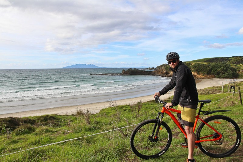 mountain biking auckland