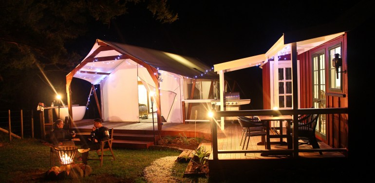Glamping in New Zealand is a luxurious way to spend a weekend in the outdoors. Highfield River Estate is just gorgeous!