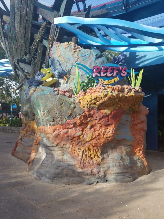 Magical Dining At Sharks Underwater Grill The Global Wanderess