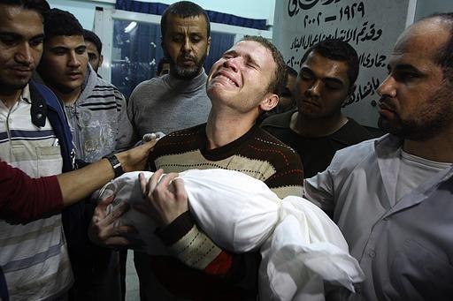 Israel attacks palestine (7)