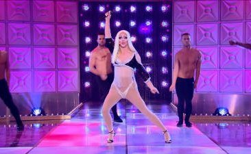 "RuPaul's Drag Race 10x08 ""The Unauthorized Rusical"""