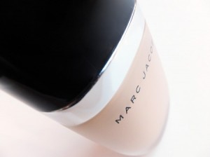 Marc-Jacobs-makeup_-foundation-TheGoldenStyle The Golden Style
