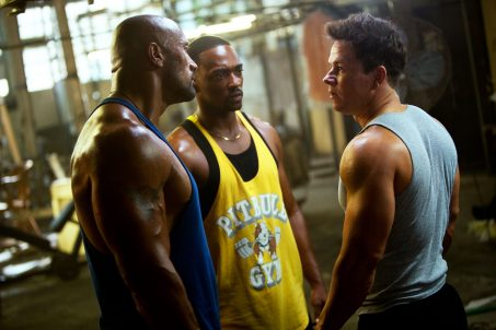 The Rock, Mark Wahlberg e Anthony Mackie em Pain & Gain