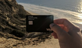 Why EVERY Traveler Needs To Get The Chase Sapphire Reserve Card