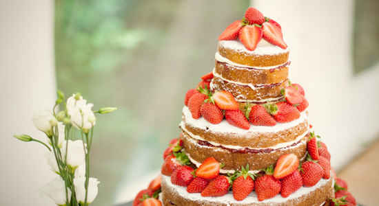 French wedding trends for Summer   The Good Life France naked wedding cake french style