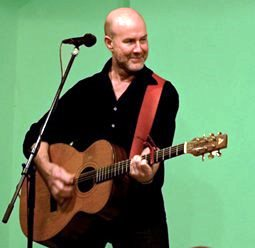 Irish songwriter Kieran Halpin plays Maleny August 6