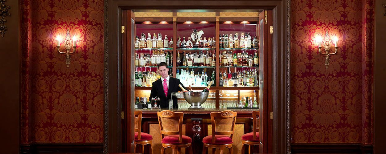 The Bar And Lounge The Goring Hotel Belgravia London