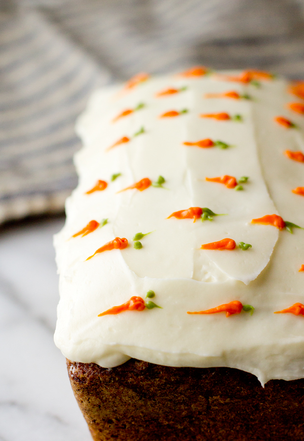 Cake Decorating Carrot Shaped : Carrot Cake Loaf - The Gourmet Gourmand