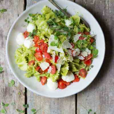 Caprese Pasta Salad with Asparagus Pesto