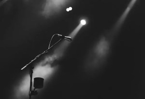 4 Reasons Which Prove Headline Entertainment Is a Smart Investment