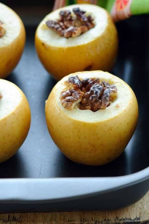 Clean Eating Pumpkin Spice Baked Apples