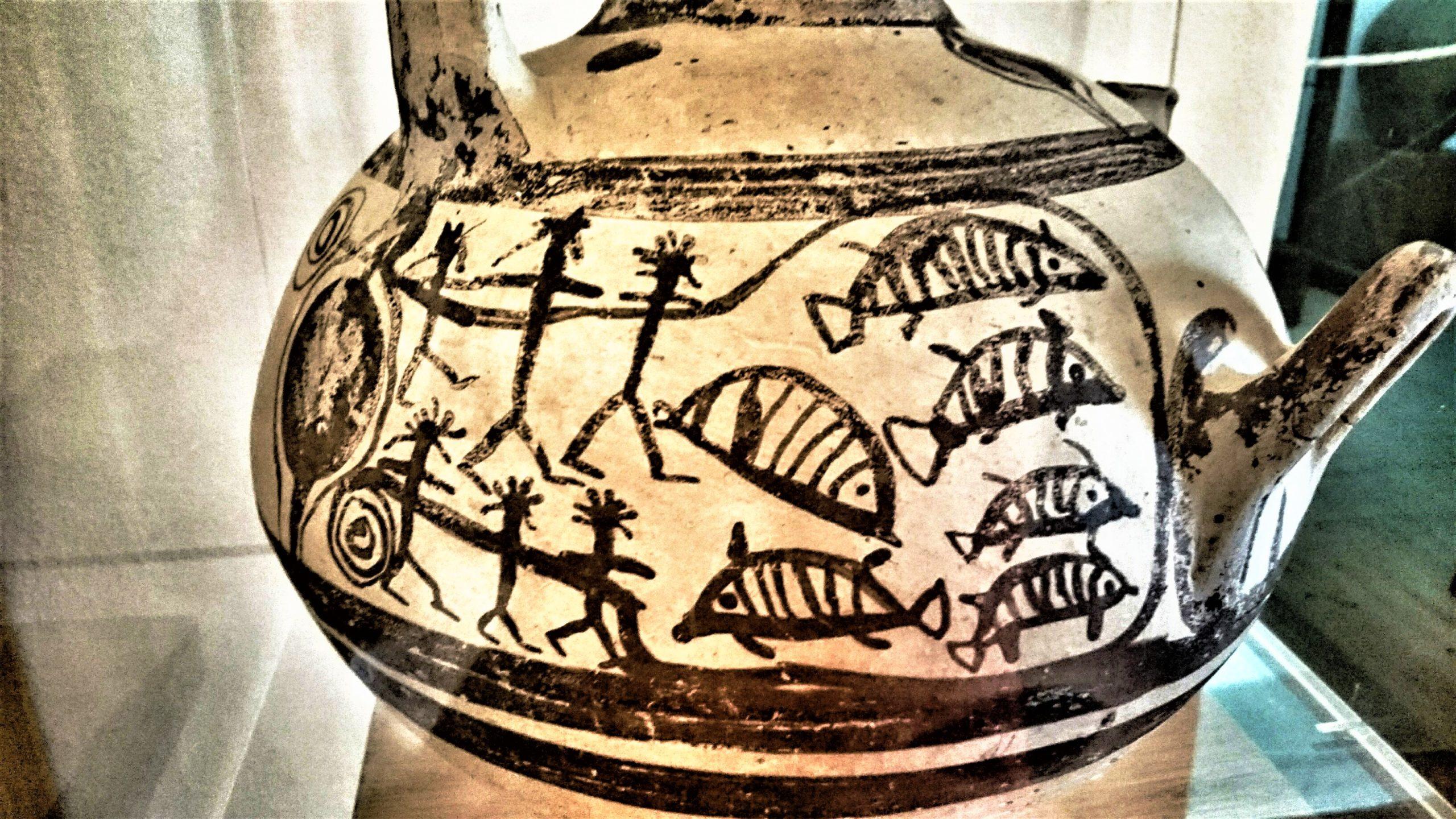 Νάξος, Αρχαιολογικό Μουσείο Νάξου, Χώρα Νάξου, Σχολή Ιησουιτών, Νίκος Καζαντζάκης