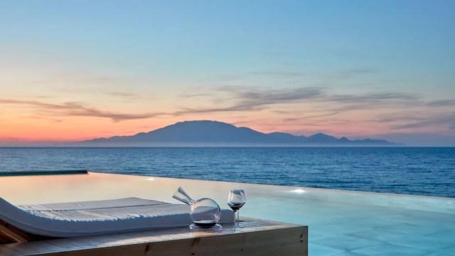 Reasons to visit Greece