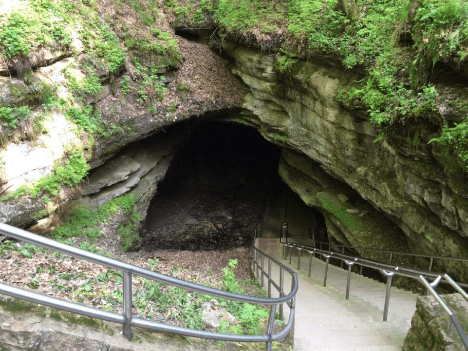 Mammoth Cave Historic Tour Cave Entrance