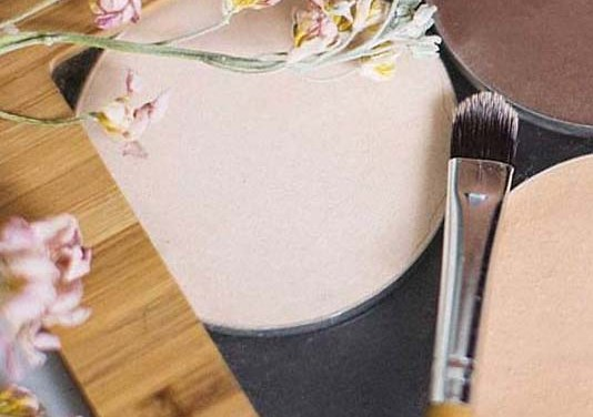 Sustainably Packaged Clean Cosmetics