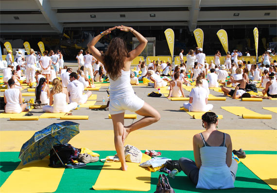 white-yoga-session-lole_montreal-juillet-2013_02