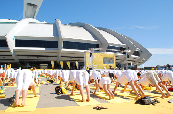 white-yoga-session-lole_montreal-juillet-2013_05