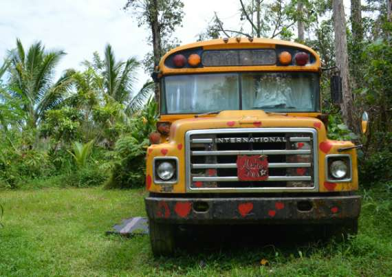 06_Hedonisia-Hawaii_eco-hostel_aloha-bus