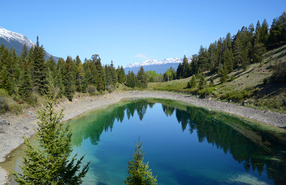 Canada_Alberta_Jasper-National-Park_Valley-of-the-five-lakes_02