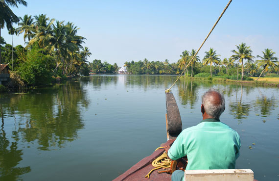03_Kerala-Blog-Express_Backwaters-Alappuzha_Houseboats-Lakes-and-Lagoons