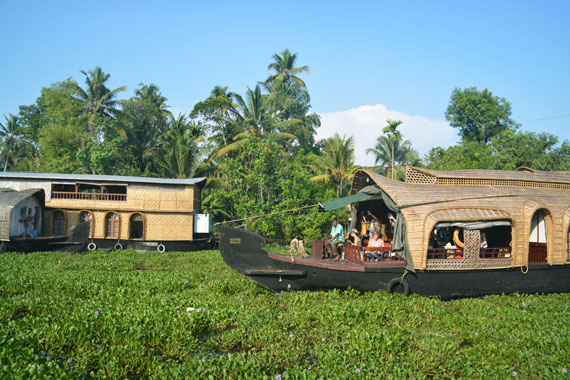 11_Kerala-Blog-Express_Backwaters-Alappuzha_Houseboats-Lakes-and-Lagoons